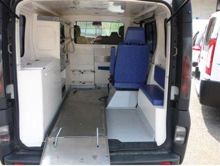 Emergency Vehicle Ambulance Medical Opel Vivaro L1 H1 Year