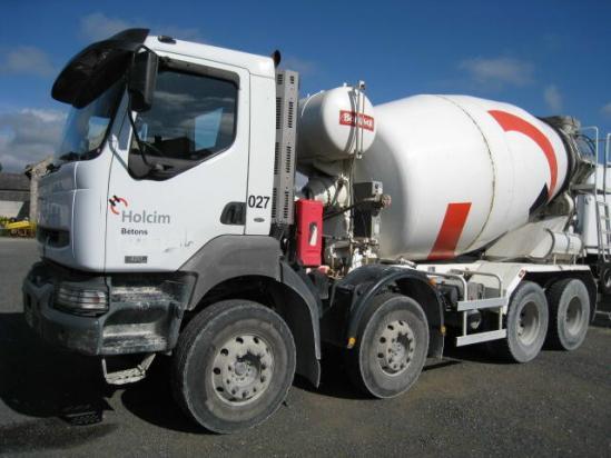 Renault Kerax. cement mixer Renault KERAX